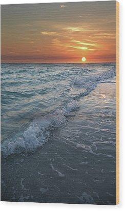 Shoreline Sunset Wood Print