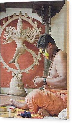 Kathakali Make-up Wood Print by Marion Galt