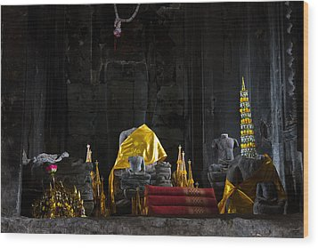 Shrine At Angkor Wat Wood Print