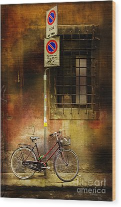 Siena Bicycle Wood Print