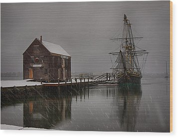 Silently The Snow Falls. Wood Print by Jeff Folger