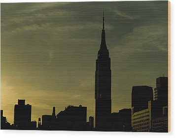 Silhouette Of Empire State Building Wood Print