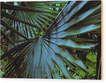 Silver Palm Leaf Wood Print by Susanne Van Hulst