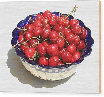 Simply A Bowl Of Cherries Wood Print by Carol Groenen