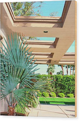 Sinatra Patio Palm Springs Wood Print by William Dey