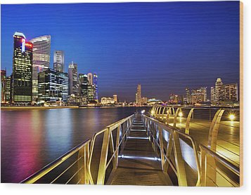 Singapore - Marina Bay Wood Print by Ng Hock How