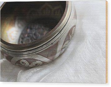Singing Bowl Wood Print by Lynne Guimond Sabean
