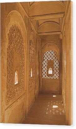 Skn 1241 Carved Niche Wood Print by Sunil Kapadia