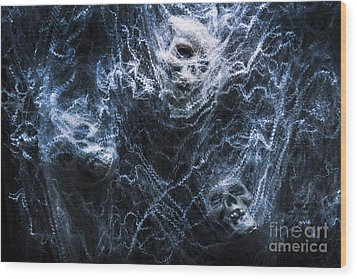 Skulls Tangled In Fear Wood Print