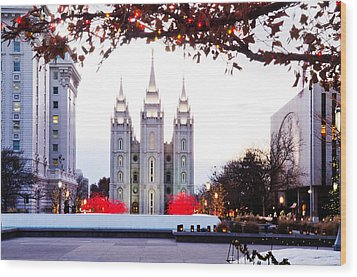 Slc Temple Red And White Wood Print by La Rae  Roberts