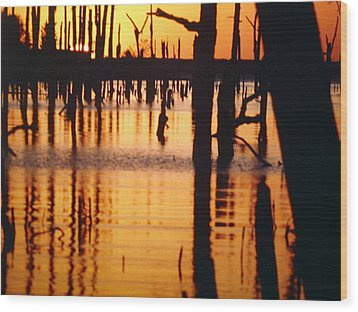 Slue Sunset Wood Print by Myrna Salaun