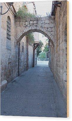 Small Street In Jerusalem Wood Print by Susan Heller