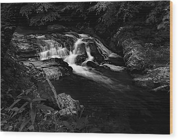 Small Waterfalls Wood Print