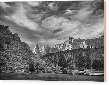 Smith Rock Bw Wood Print