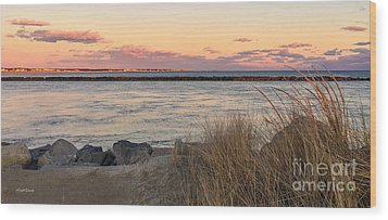 Wood Print featuring the photograph Smugglers Beach Sunset II by Michelle Wiarda