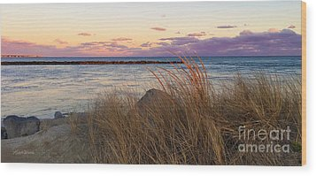 Wood Print featuring the photograph Smugglers Beach Sunset by Michelle Wiarda