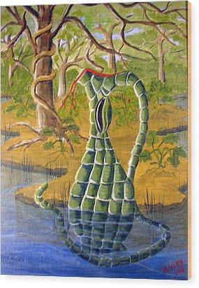 Snake Skin Pitcher Wood Print by Myrna Salaun