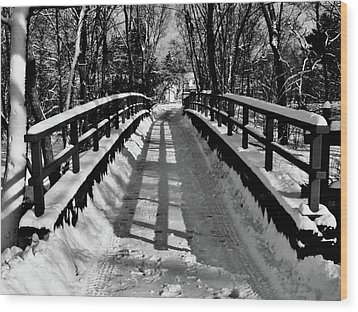 Snow Covered Bridge Wood Print by Daniel Carvalho