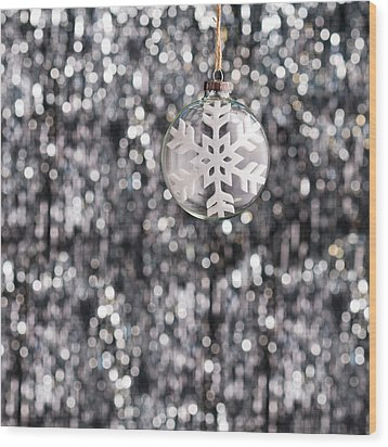 Wood Print featuring the photograph Snow Flake by Ulrich Schade