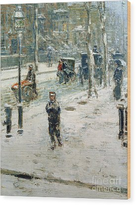 Snow Storm On Fifth Avenue Wood Print by Childe Hassam