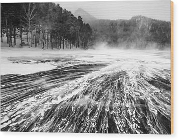 Wood Print featuring the photograph Snowstorm by Hayato Matsumoto