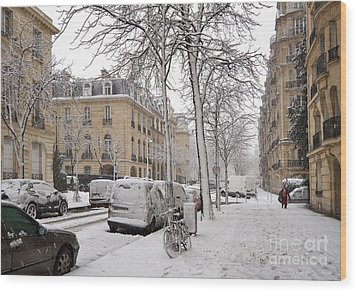 Snowy Day In Paris Wood Print by Louise Heusinkveld