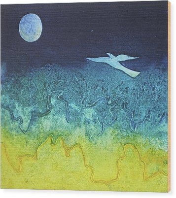 Soaring Into The Blue Wood Print by Susanne Clark