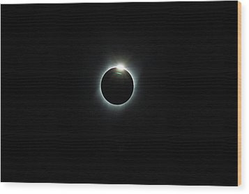 Solar Eclipse 2017 Wood Print by David Gn