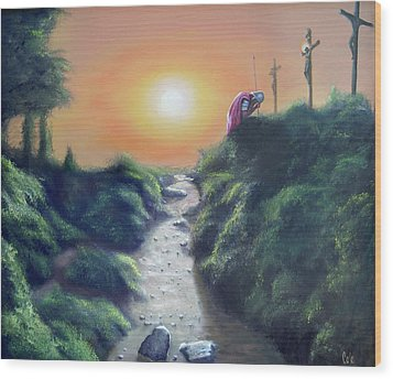 Soldier At The Cross Wood Print by Larry Cole