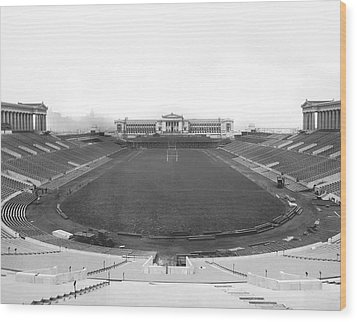 Soldier Field In Chicago Wood Print by Underwood Archives