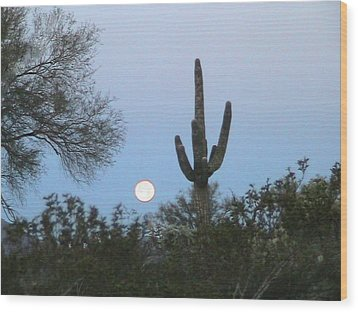Sonoran Desert Moonset Wood Print