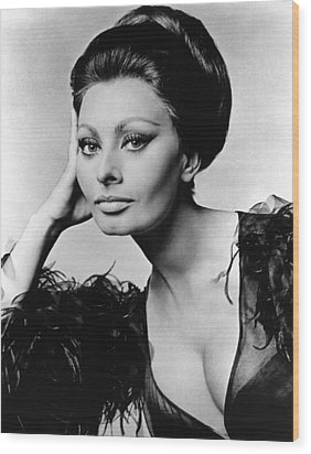 Sophia Loren, In Costume For Arabesque Wood Print by Everett