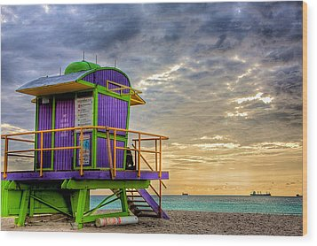 South Beach Dawn Wood Print by William Wetmore