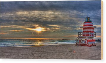 South Beach Sunrise Wood Print
