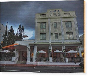 South Beach - The Stiles Hotel 001 Wood Print by Lance Vaughn