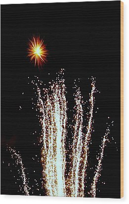 Sparkle And Water Wood Print by Michael Canning
