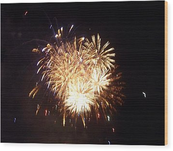 Sparklers In The Sky Wood Print by Rosanne Bartlett