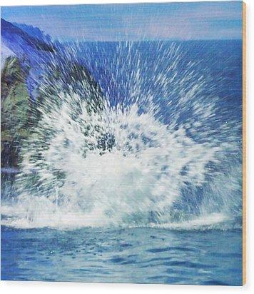 Splash Wood Print by Anna Villarreal Garbis