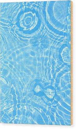 Splash Pattern Wood Print by Alex Bramwell