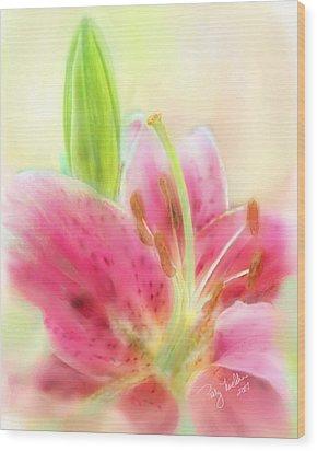 Splendid Stargazer Lily Wood Print by Patty Muchka