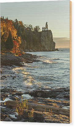 Split Rock Lighthouse At Sunrose Wood Print