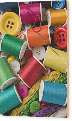Spools Of Thread With Buttons Wood Print by Garry Gay