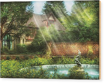 Spring - Garden - The Pool Of Hopes Wood Print by Mike Savad