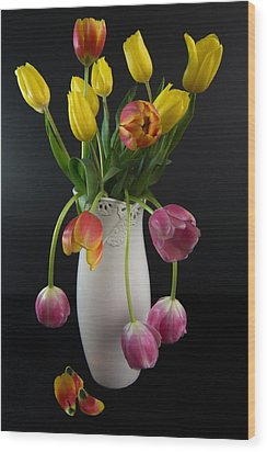 Spring Tulips In Vase Wood Print