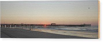 Springmaid Pier Sunrise Wood Print