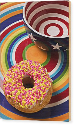 Sprinkled Donut On Circle Plate With Bowl Wood Print by Garry Gay