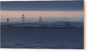 Ss Keewatin And Mackinac Bridge Wood Print