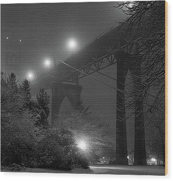 St. Johns Bridge On Snowy Evening Wood Print by Zeb Andrews