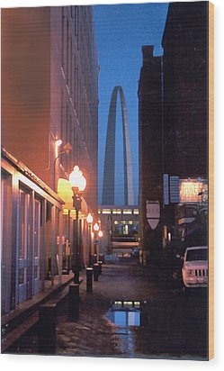 Wood Print featuring the photograph St. Louis Arch by Steve Karol