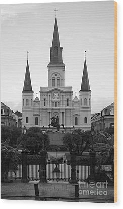 St Louis Cathedral On Jackson Square In The French Quarter New Orleans Black And White Wood Print by Shawn O'Brien